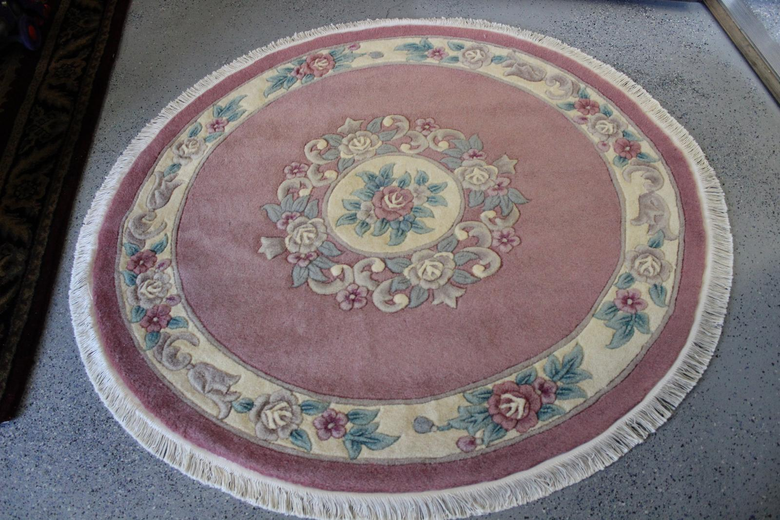 How To Vacuum Your Tufted Area Rug The Right Way